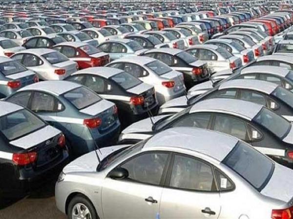 بعد إجلاء موظفي 80 شركة من الصين.. هل يؤثر كورونا على سوق السيارات؟