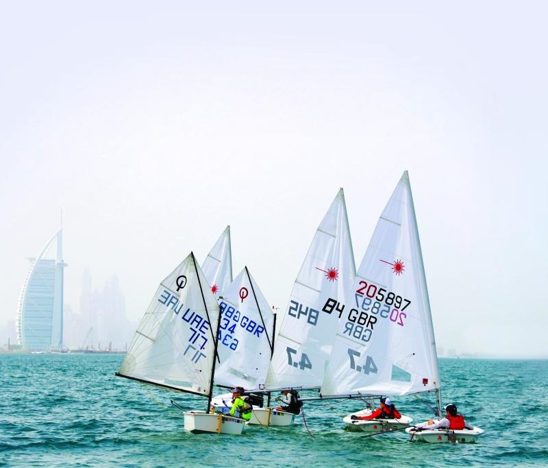 شواطئ جميرا تستضيف «دبي جونيور ريغاتا» السبت