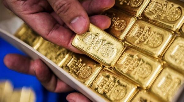 الذهب يرتفع مع تسبب تحذير أمريكي في تنامي المخاوف من كورونا
