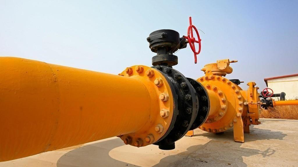 أسعار النفط تقفز بعد قرار المركزي الأوروبي