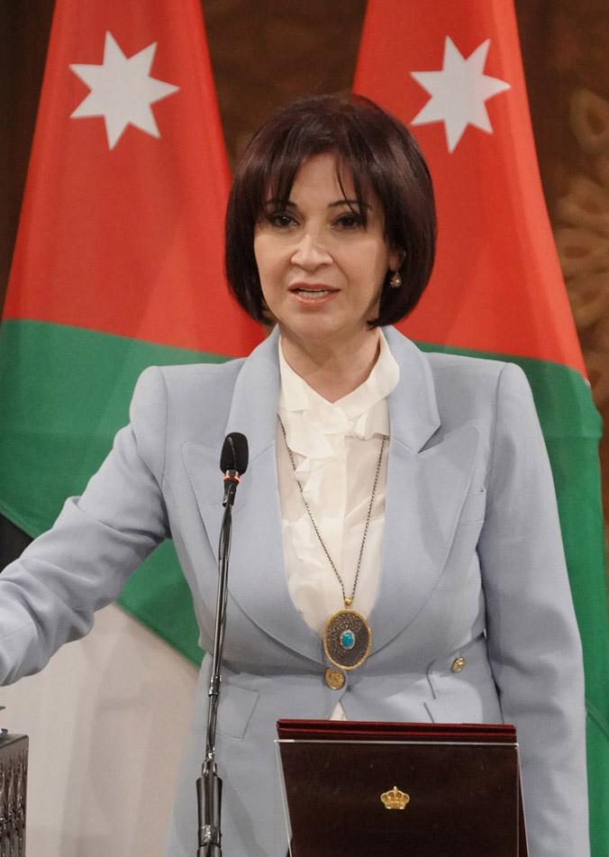 وزيرة السياحة تثمن استجابة البنك المركزي لمتطلبات القطاع السياحي