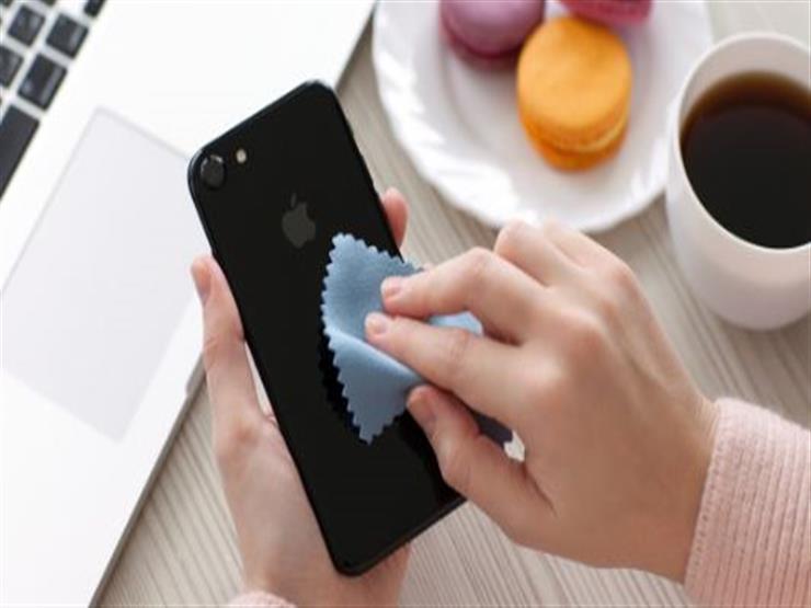 نصائح ذهبية لتنظيف الهواتف الذكية
