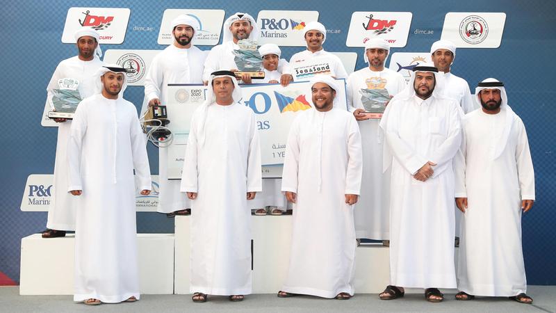 المحيربي يفوز بجائزة «الكنعد» الكبرى في «دبي لصيد الأسماك»