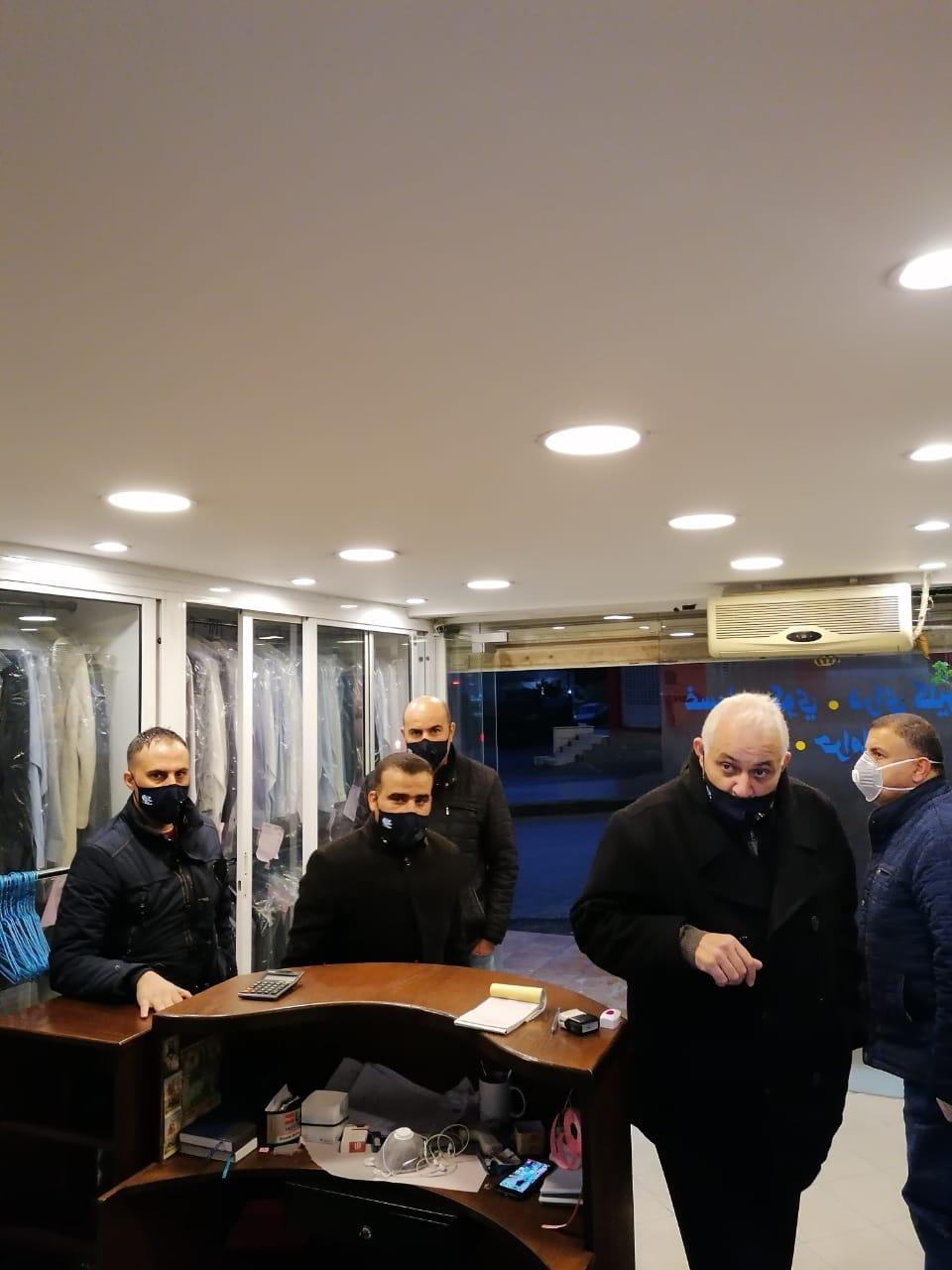 وزارة العمل تواصل حملاتها التفتيشية وتغلق 118 منشأة