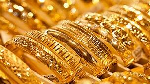 عيد الأم في ظل كورونا: إقبال على الذهب وتراجع باقي القطاعات