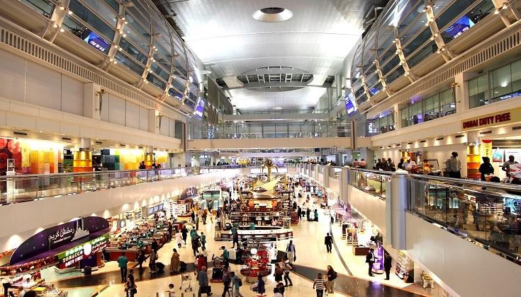 دبي تستضيف المسافرين العالقين في فنادقها لحين إتمام إجراءاتهم