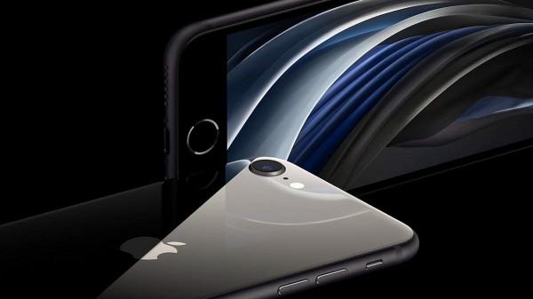 """ثلاث مزايا قوية في هاتف """"آيفون SE2"""""""