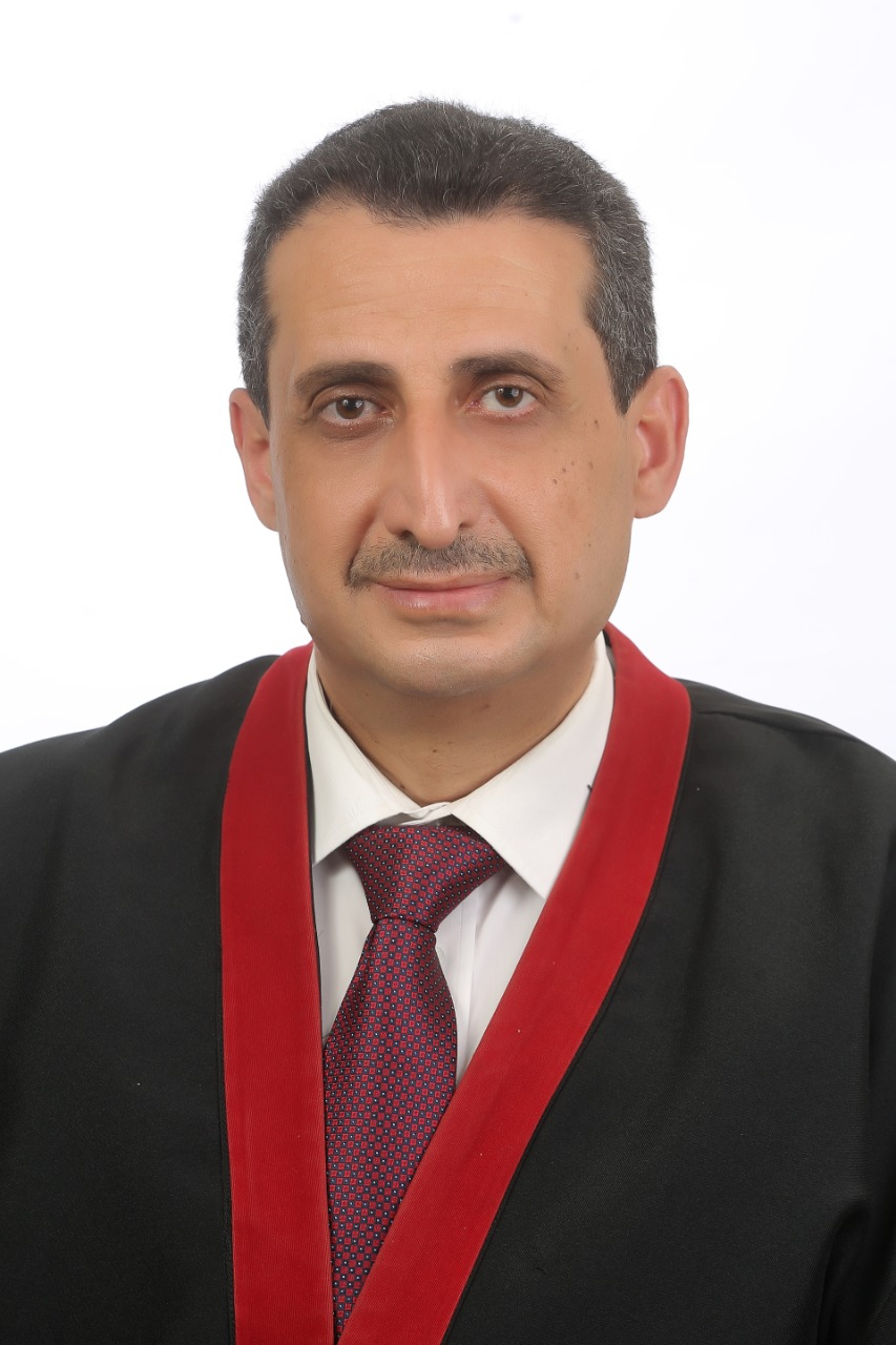 """إياد شعبان من """"عمّان الأهلية"""" يحصل على درجة الدكتوراة بامتياز مع مرتبة الشرف …ألف مبروك"""