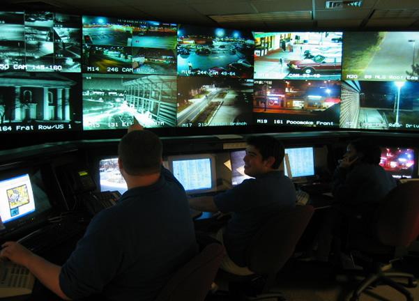 قادة الأمن حول العالم يحددون أربعة توجهات رئيسية للتحوّل الفعلي في مركز العمليات الأمنية