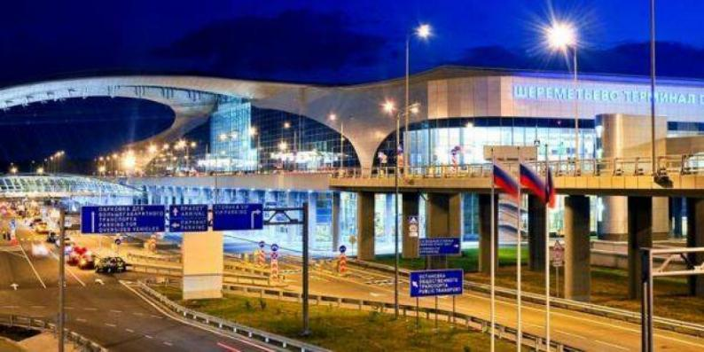 أول مطار في العالم يجري اختبارا سريعا للركاب بشأن فيروس كورونا