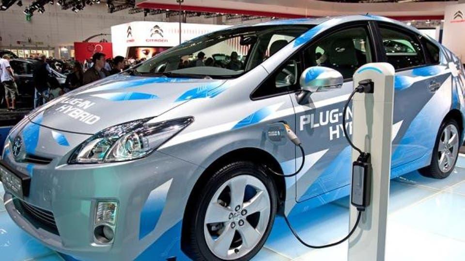 شركة صينية تطور تقنية جديدة لزيادة مدى السيارات الكهربائية