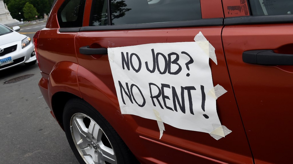 """""""طريق طويلة"""" قبل استعادة سوق العمل الأميركي عافيته"""