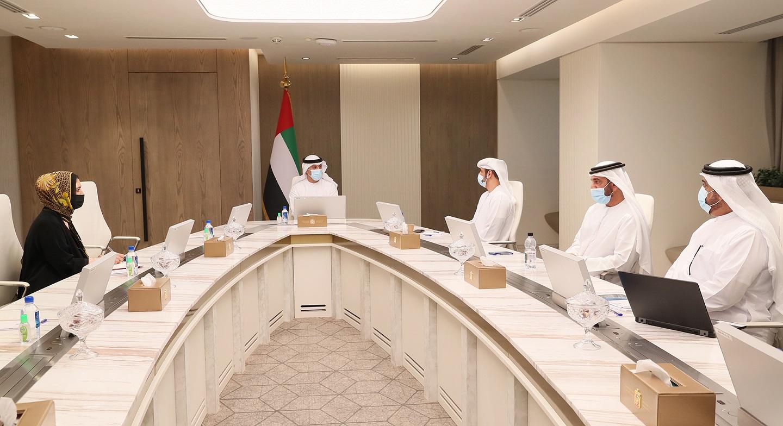الفلاسي يبحث مع «جمعية رواد الأعمال الإماراتيين» تنسيق الجهود المشتركة للاستجابة لمطالب واحتياجات أصحاب المشاريع الصغيرة والمتوسطة