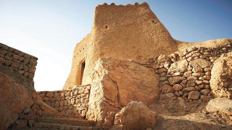 رأس الخيمة.. رحلة العمر بين الرمال الذهبية والجبال الساحرة