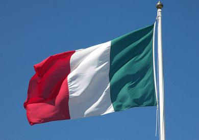 إيطاليا تجري استفتاء على تقليص عدد أعضاء البرلمان وانتخابات محلية