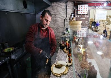 «السياحة الأردنية» توجه الفنادق باقتصار تقديم الطعام في غرف الزبائن لمكافحة كورونا