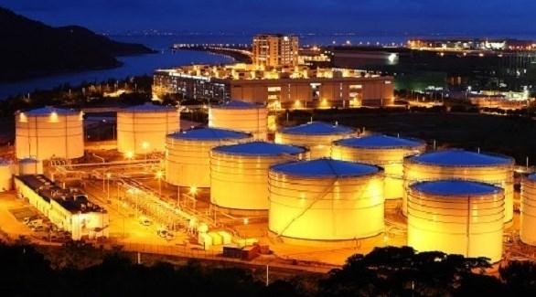 تراجع أسعار النفط بسبب المخزونات الأمريكية
