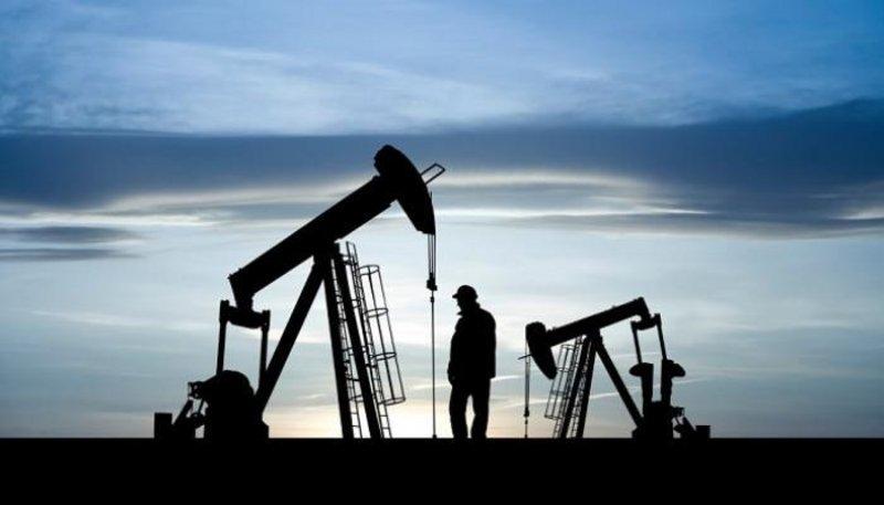 النفط يهبط 2%.. وبرنت فوق الـ41 دولارًا للبرميل