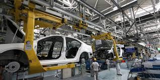 تباطؤ نمو الإنتاج الصناعي في فرنسا