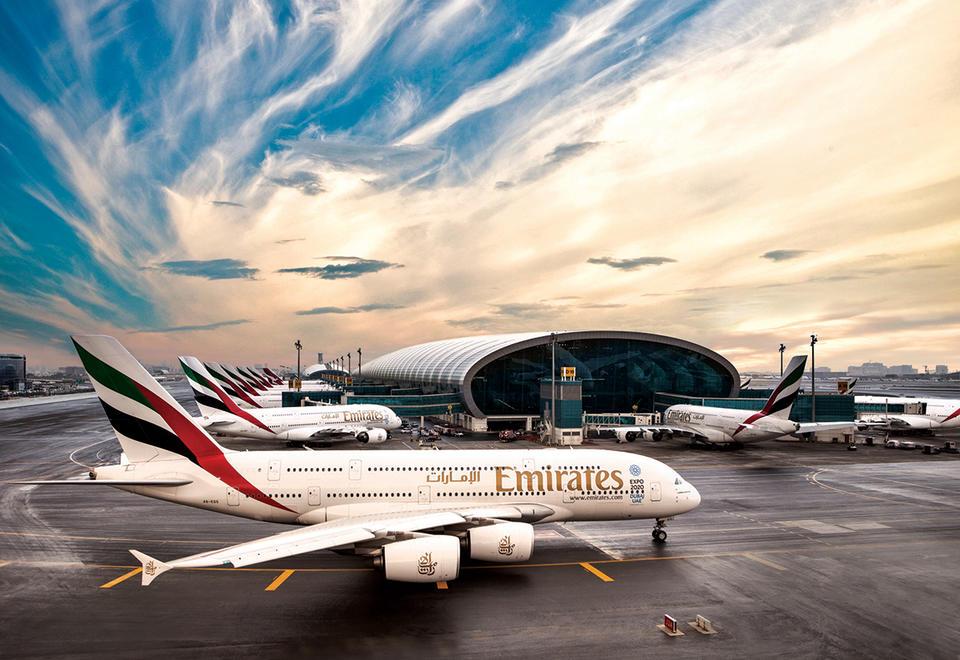 طيران الامارات تحلق في القمة وتحصد 3 جوائز عالمية