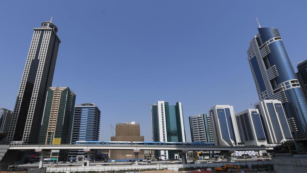 «اقتصادية دبي» تكرّم تميز الأعمال والصناعة الذكية