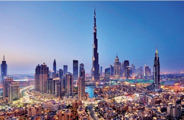 دبي تتزين بابهى صورة استعدادا للعام الجديد