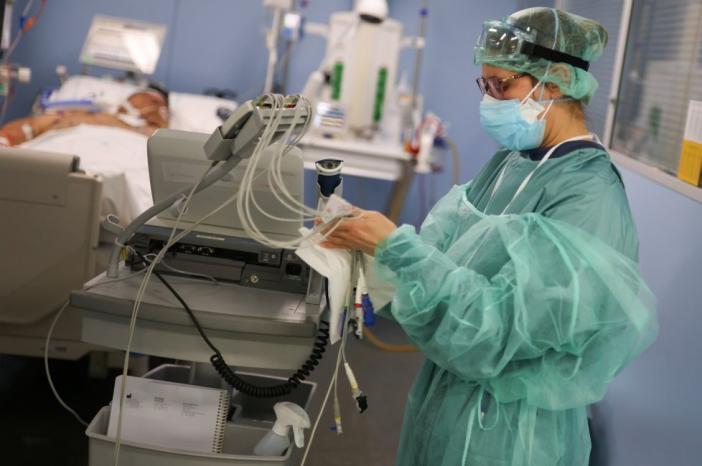 دراسة كورونا ذو تأثير على صحة الأطباء والممرضين العقلية