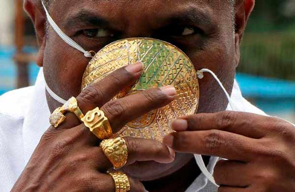 الكمامة الاغلى في العالم, شانكار كورهادي يرتدي كمامة ثمنها 4 آلاف دولار