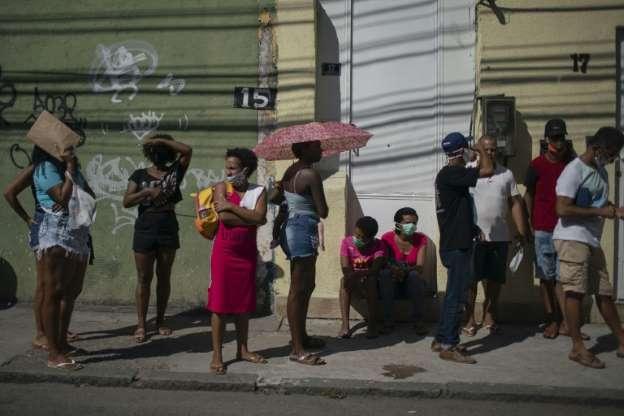 البرازيل تثقل بديونها ولا حلول لا فقراءها