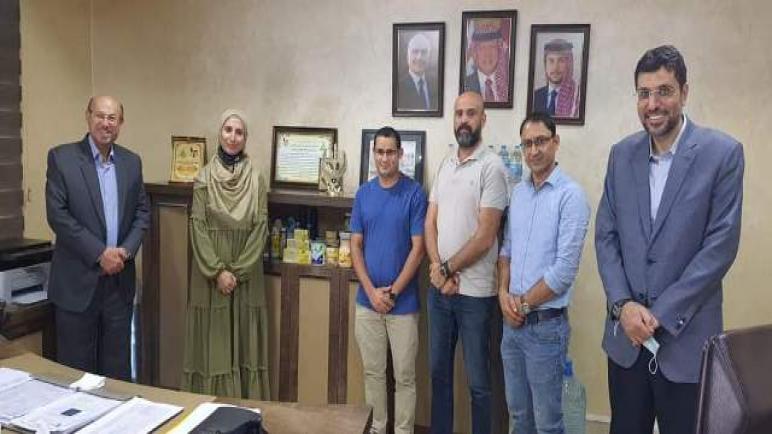 مركز الابتكار والتميز في عمان الأهلية يعلن شراكة ديكابوليس وشركة ألبان المها
