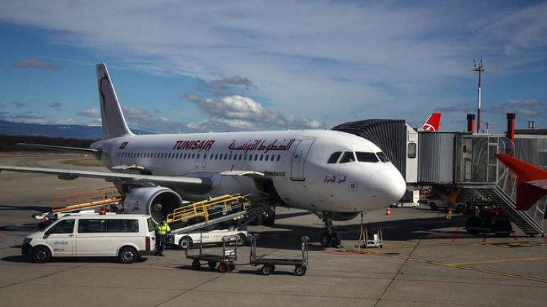 الخطوط التونسية أول شركة طيران أجنبية تستأنف رحلاتها إلى ليبيا بعد توقف دام 7 سنوات