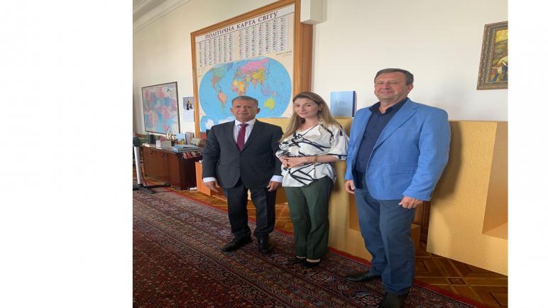 رئيس الرابطة الأوكرانية العربية لرجال الأعمال والمستثمرين يلتقي النائب الأول لوزير الخارجية الأوكرانية