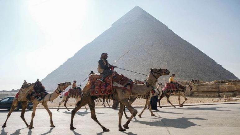 مصر تتوقع مكاسب غير متوقعة من زيادة السياحة