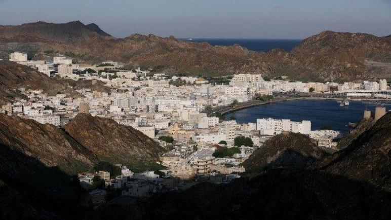 عمان تمنح المستثمرين الأجانب إقامة لمدة 10 سنوات