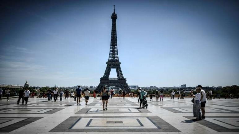 قيود كورونا تخفض نمو الاقتصاد الفرنسي