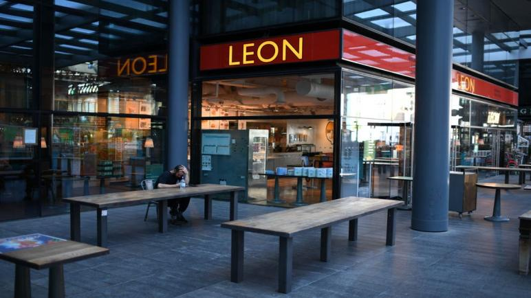 محسن وزوبر عيسى يشترون سلسلة مطاعم ليون للوجبات السريعة