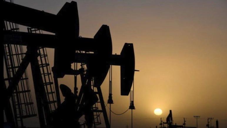 النفط يرتفع مع تجاهل السوق لتأثير الفيروس