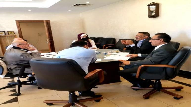 """عرض عن برنامج الماجستير """"التحكيم في عقود الانشاءات """".. في لقاء """"حقوق"""" عمان الأهلية ووزارة الأشغال"""